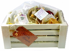 Heavenly Hamper - 'Emerald'